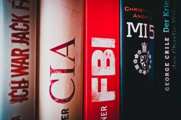 Imagen de varios libros apilados
