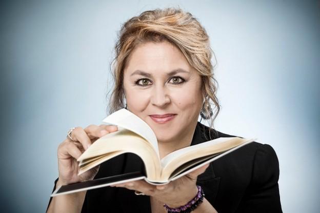 Megan Maxwel se convierte en la autora española más leída